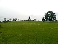 Krajina s kostelem