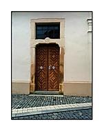 Okna a ulice,přímky a svislice...(aneb kde nechal tesář díru--farářova zadn