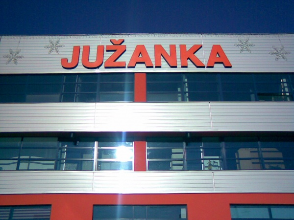 Galerie MobilMania.cz - Logo obchodného centra JUŽANKA v Trenčíne ... fdb231cc043
