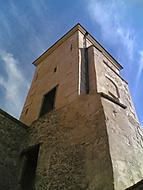 Jedna z vezi hradu Veveri