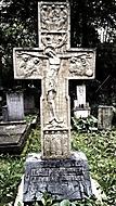 Křížový náhrobek