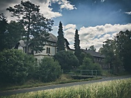 Chátrající vila