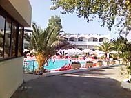 Náš hotel:)