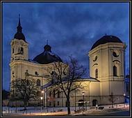 Poutní kostel Křtiny.v noci+ úpravy