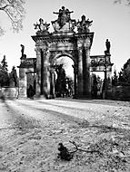 Brána na druhý břeh