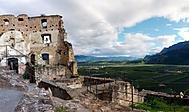 hrad v Andriano