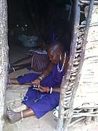 masajské ženy při práci