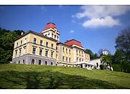 Zámek hrabat Larisch-Mönnichů