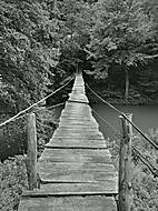 Most přes řeku Neru