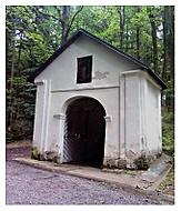 Kaplička u Zázračné studánky