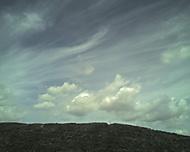 Mraky nad kopcem