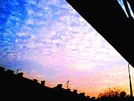 výhled z prodejny - obloha