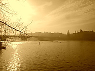 Pohled na Prahu (foceno v sépii)