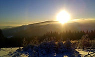 Mikulčin Vrch - pohled na rozhlednu Lopeník