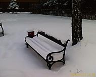 Sníh na lavičce
