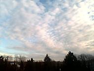 nebe nad hřbitovem