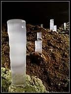 Ledový stalagmit