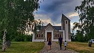 Před kaplí