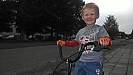 vysmátý cyklista