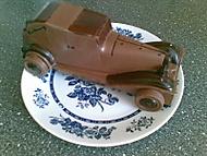 auto celé z čokolády