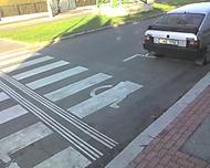 Přechod nebo parkoviště pro postižené?