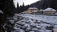 Zamrzlá řeka Vydra na Čeňkově pile