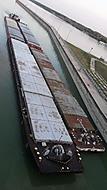 Vodní dílo Gabčíkovo - nákladní loď