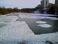 zamrzlý rybník v Hostivaři