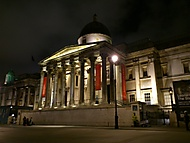 ...Trafalgar square v noci...