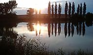 letní večer u rybníka