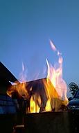 Hoříííííí :)