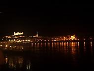 Bratislavský hrad z Tyršovho nábrežia