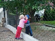 Láska přes plot I